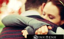 Khám phá ý nghĩa giấc mơ ôm người khác - ngủ nằm mơ mình được ôm ấp