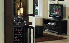 Phog thủy đặt tủ rượu trong phòng ăn