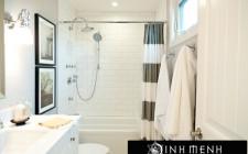 Phòng tắm nên đặt hướng dữ, tránh đè lên hướng lành