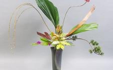 Phong thủy cắm hoa tươi trong nhà