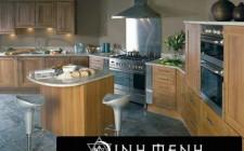 Bếp nấu tránh nhìn thẳng ra cửa chính