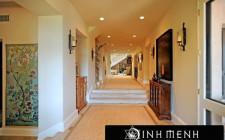 Bố trí hành lang hợp lý dẫn khí tốt vào nhà