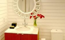 Phòng tắm đối diện cửa chính, vận may tiêu tan