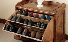 Tủ đựng giày cũng nên đặt theo khoa học phong thủy để tránh rơi tài lộc