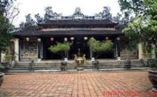 Bố cục không gian của Phật tự có chịu ảnh hưởng của Phong thủy học không?