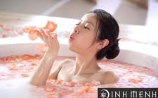 Cách tắm thể hiện tình cảm bạn thế nào?
