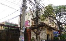 Hóa giải cột điện trước cửa nhà