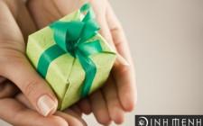 Mơ thấy tặng quà: Khiếm khuyết trong quan hệ giao tiếp