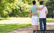 Mơ thấy tình yêu đồng tính: Yêu một người giống bản thân mình