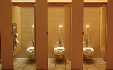 Phong thủy nhà vệ sinh ở cửa hàng
