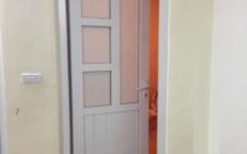 Yếu lĩnh chống ẩm khi lắp đặt cửa nhà vệ sinh