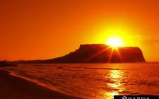 Giải mã các bí ẩn giấc mơ thấy mặt trời mọc như răng đang nhú với bệnh đau họng