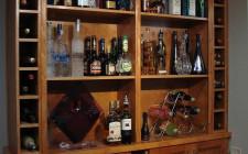 Bố trí tủ rượu trong bếp hợp khoa học phong thủy