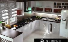 Nhà bếp nhỏ vẫn đẹp và hợp khoa học phong thủy