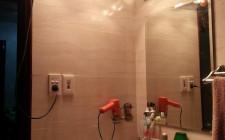 Kiêng kỵ nhà vệ sinh (bao gồm cả nhà tắm) màu đỏ