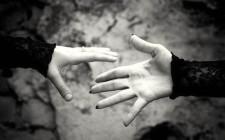 Mơ thấy chia xa người thân và đồng nghiệp: Sẽ có chuyện buồn lo
