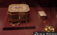Mơ thấy chiếc hộp: Hình ảnh tượng trưng cho phụ nữ, năng lượng, sức mạnh và trí tuệ của bản thân