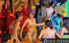 Mơ thấy vũ hội hóa trang: Dự báo dịp may bất ngờ